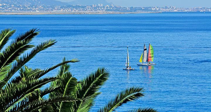 La Côte d'Azur sans voiture