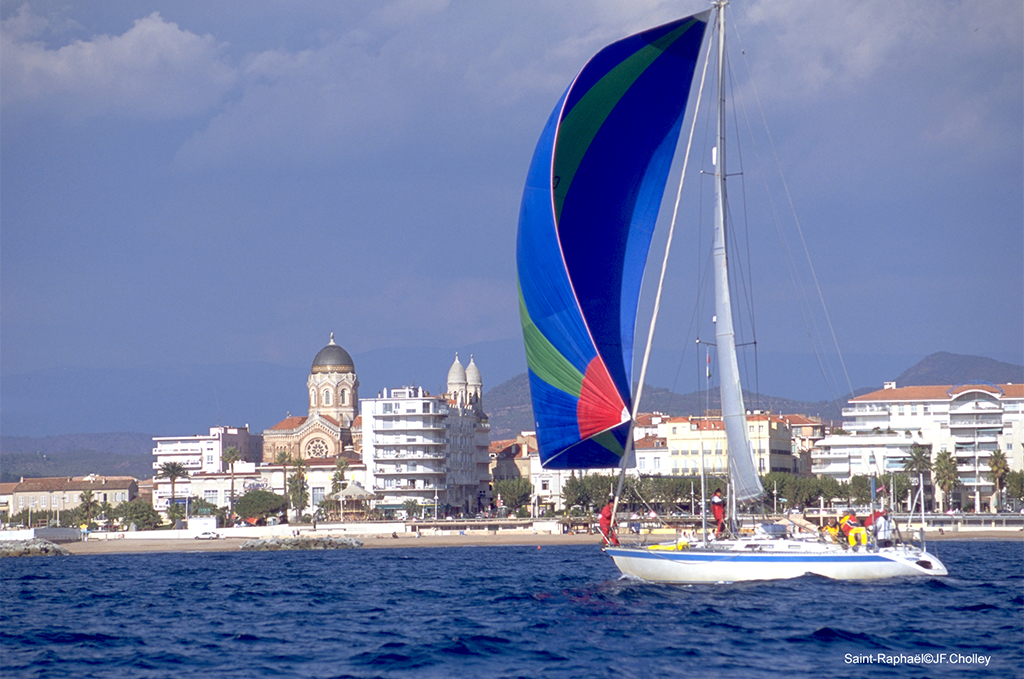 Activité nautique à St Raphaël @OT St Raphael