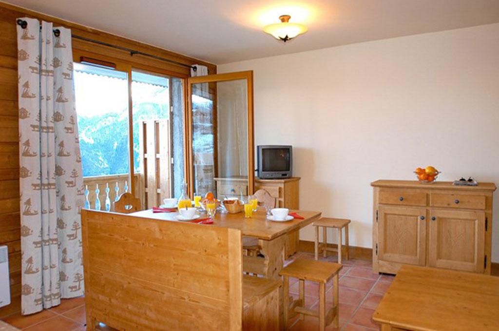 Exemple d'intérieur de la résidence Les Chalets de Praroustan à Pra Loup dans les Alpes du Sud