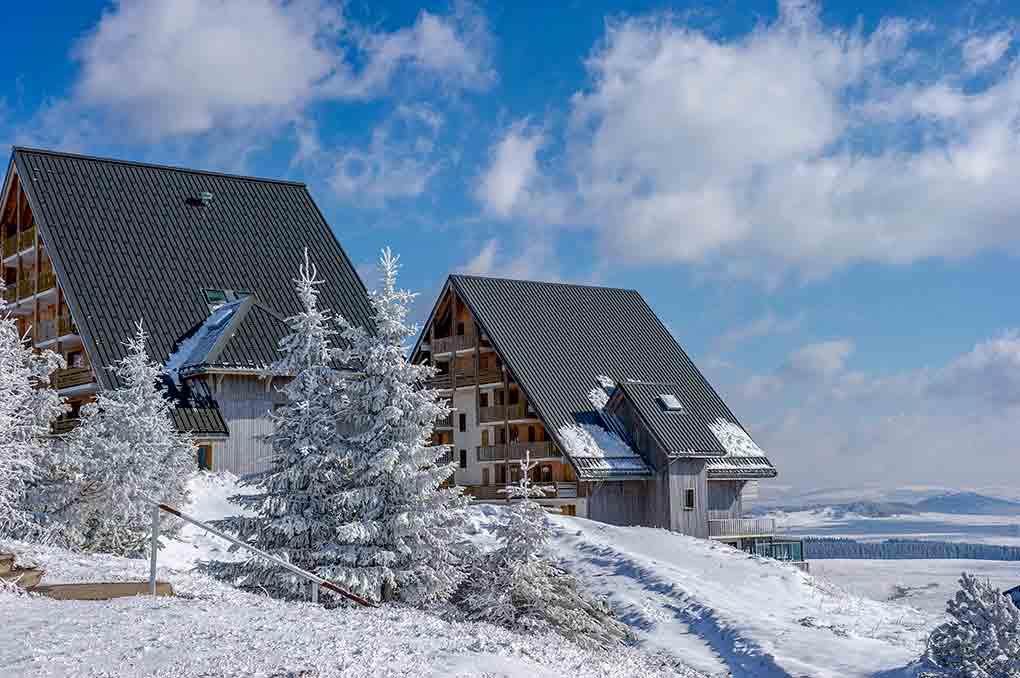 Résidence de vacances Goélia Les Chalets de Super-Besse dans le Massif Central