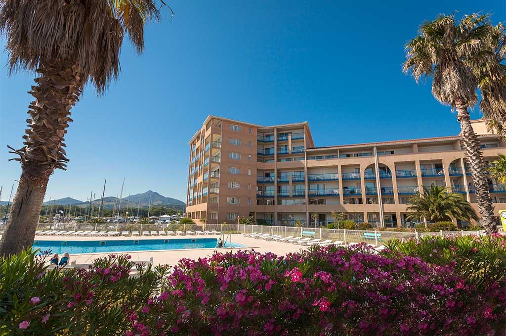 Résidence de Port Argelès avec piscine extérieure à Argelès