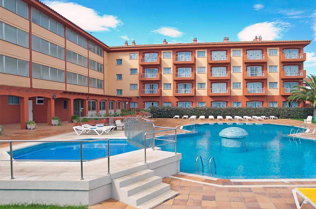 Résidence avec piscine sur la Costa Brava en Espagne à Estartit