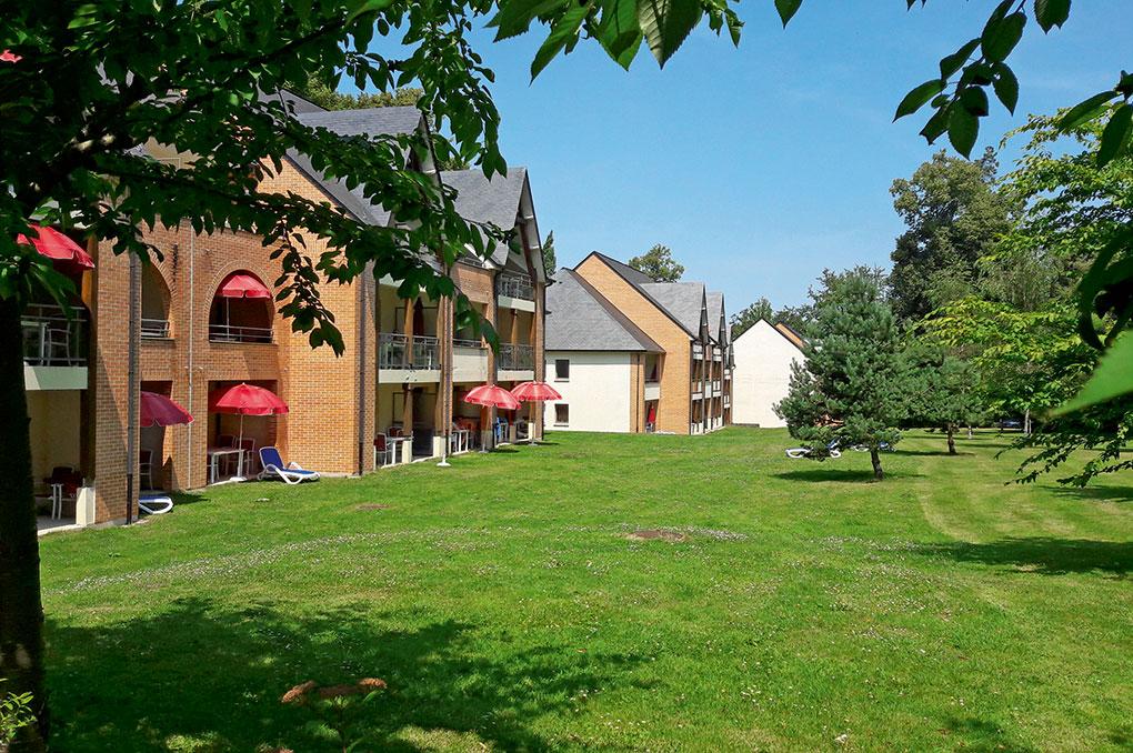 Parc de la résidence de vacances Goélia La résidence du Parc à Gonneville sur Honfleur