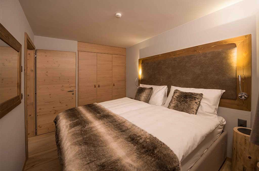 Exemple de chambre de la résidence de vacances Swisspeak Resort à Vercorin - Suisse