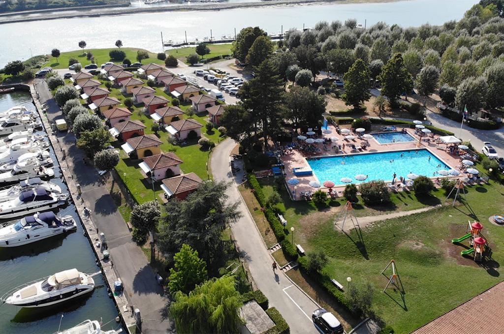 Vue sur le Camping Marina 3B à Sarzana