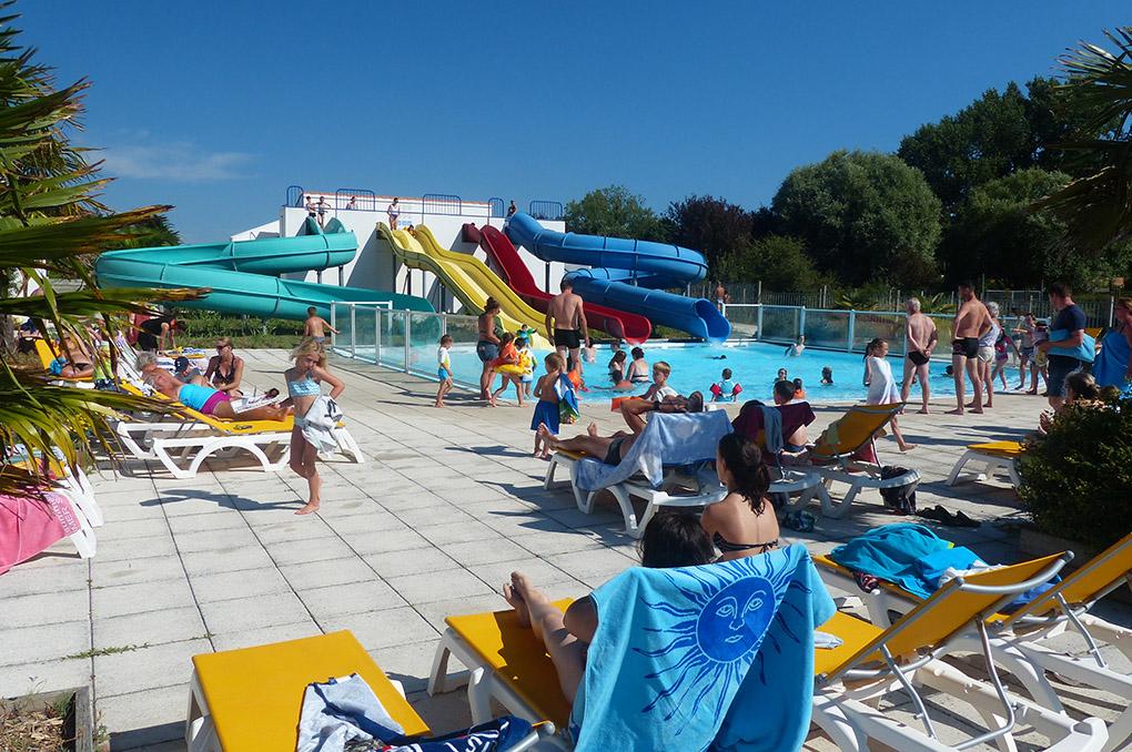 club de vacances, camping 4* les Amiaux, les toboggans aquatique