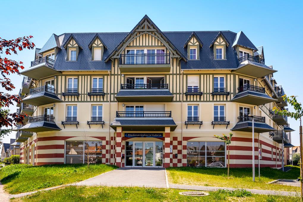 Facade de la résidence de vacances Goélia Le Victoria à Blonville-sur-Mer