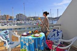 Balcon vue Port