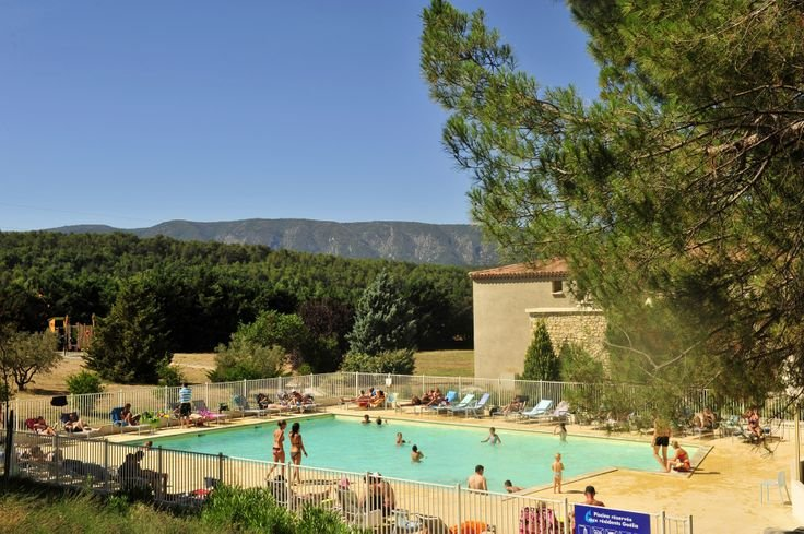 The pool, Le Moulin Blanc Goélia holiday complex in Gordes