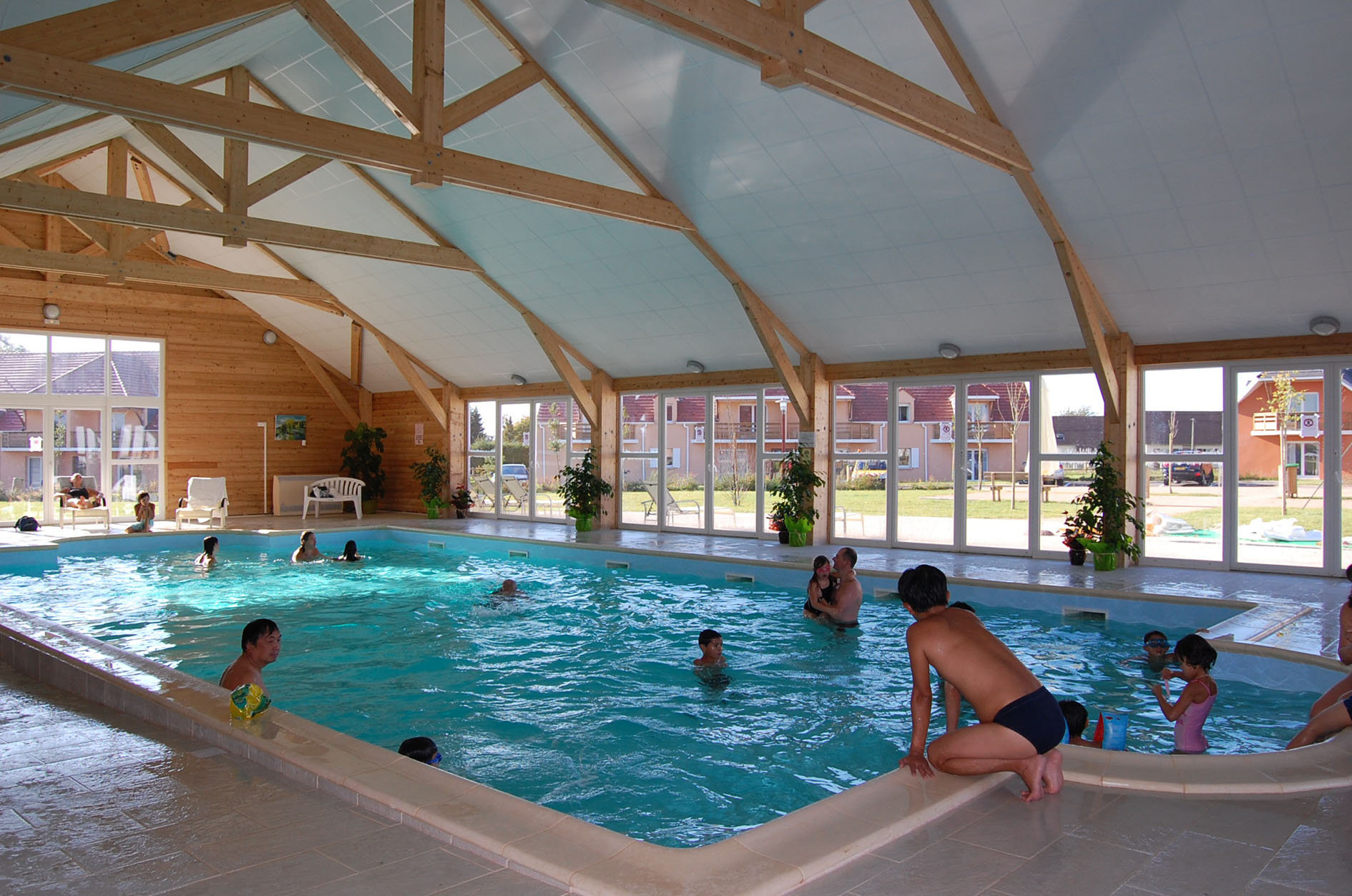 Heated pool, Les portes d'Honfleur Goélia holiday complex