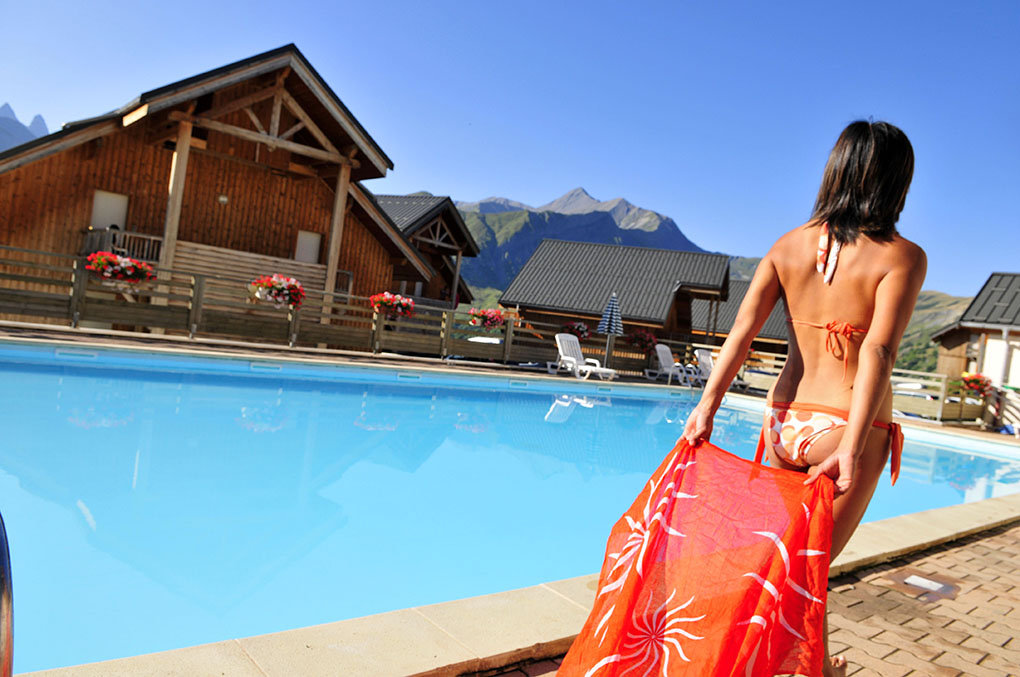 the heated pool of the Goélia Les Chalets des Marmottes holiday complex in St Jean d'Arves