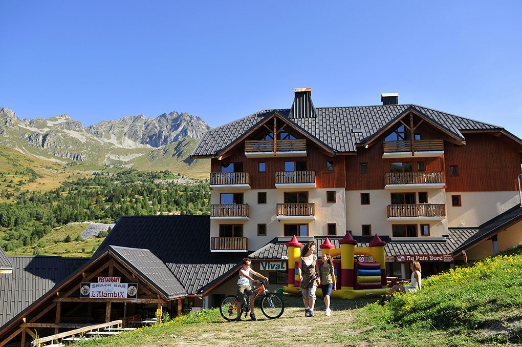 The Goélia Le Rond Point des Pistes holiday complex
