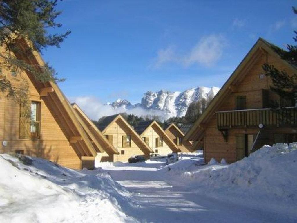 Ex de Chalets - Résidence de vacances Les Flocons du Soleil à La Joue du Loup
