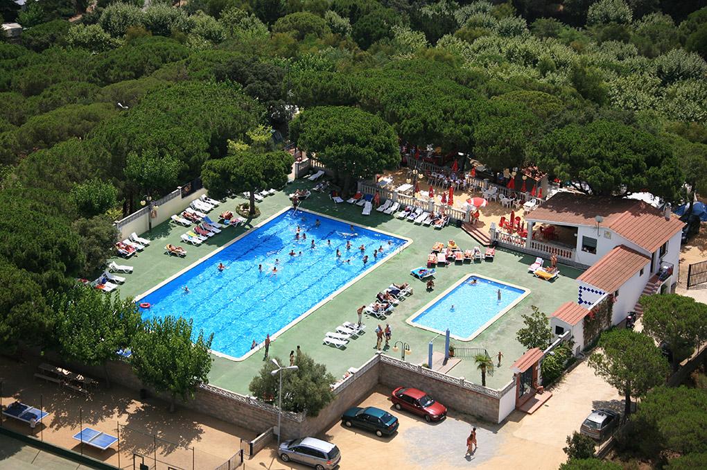 Le complexe Roca Grossa, espace piscine