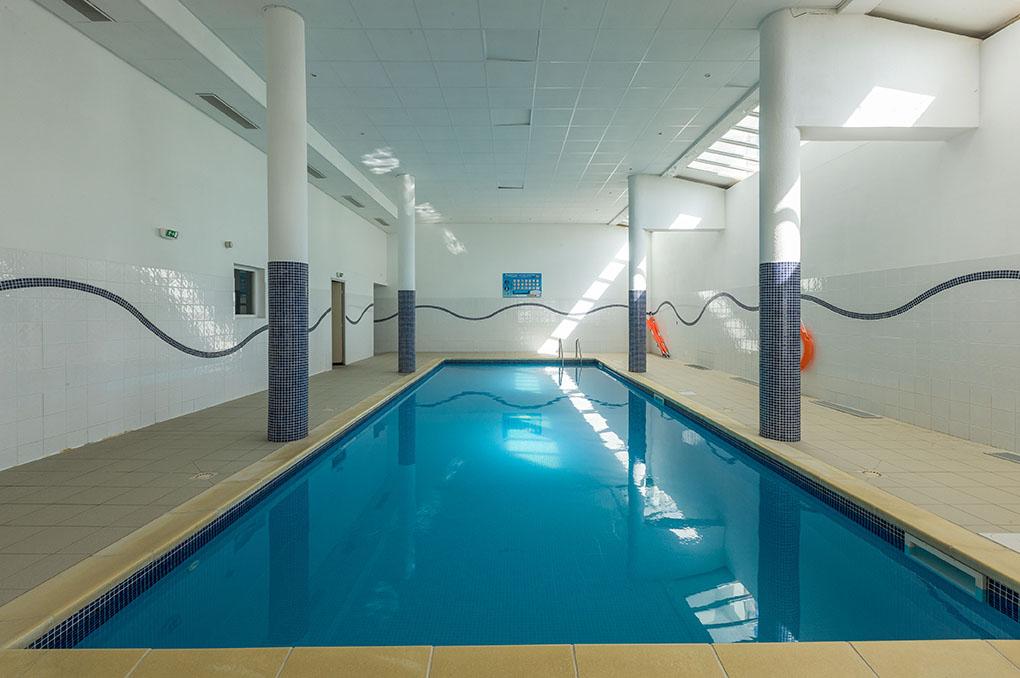 Foux d'Allos, la piscine de la résidence de vacances