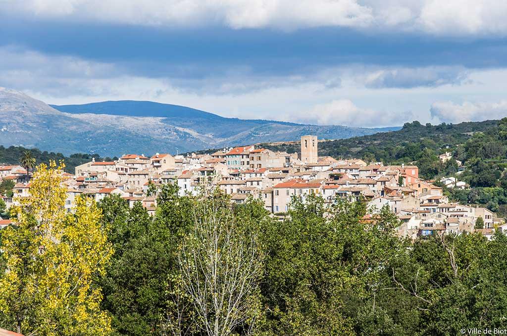 Le charme de la ville de Biot