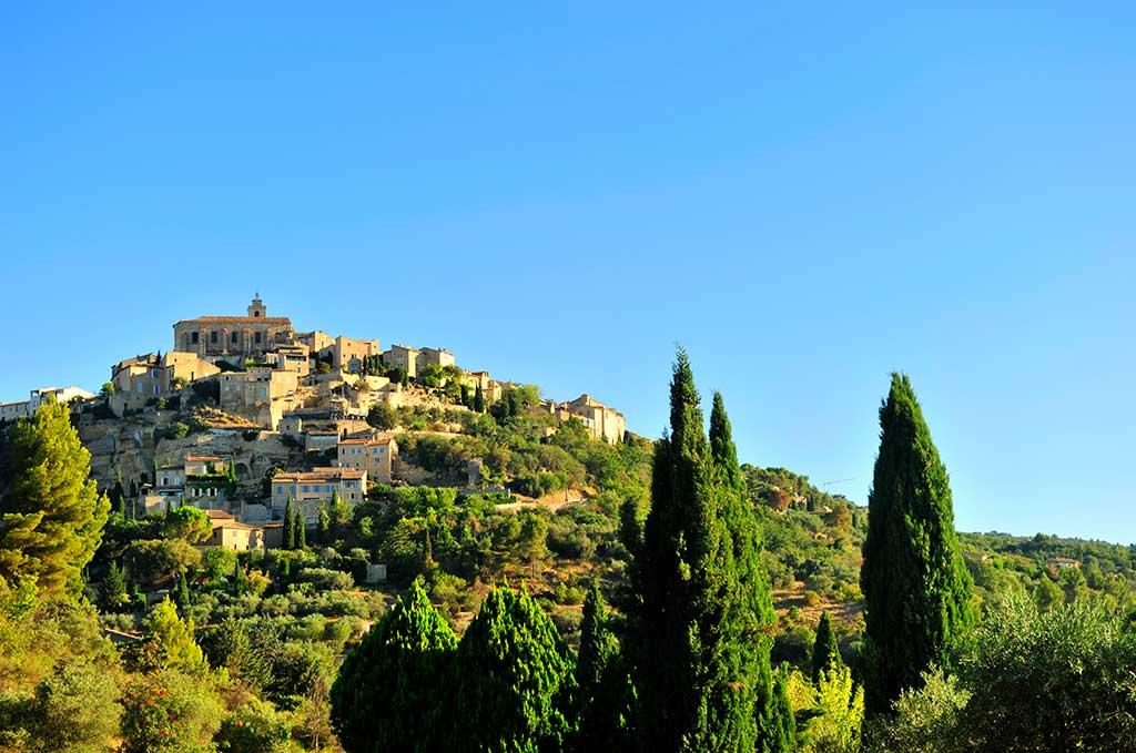 Splendide vue sur le village de Gordes