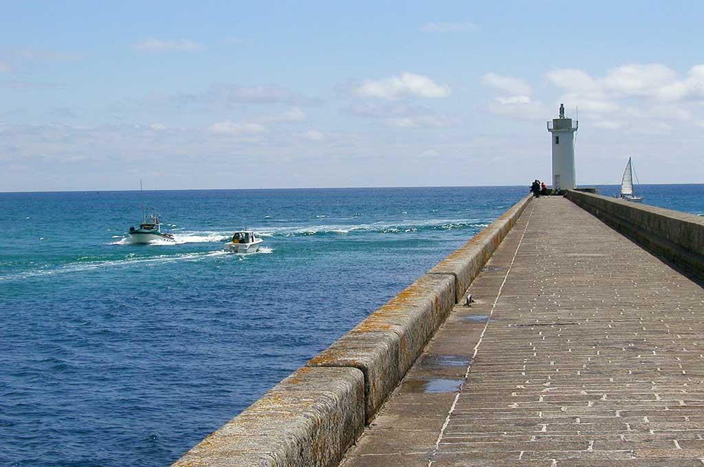 Le bord de mer d'Audierne_audierne©-Terre-de-Sienne---Fotolia.com