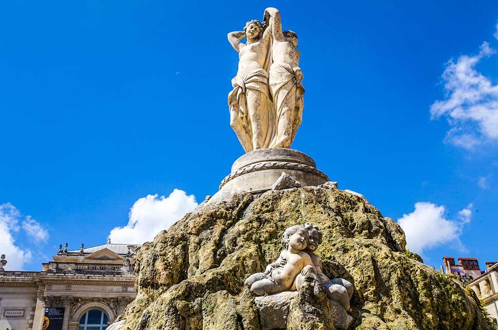 La fontaine des Trois Grâces sur la Place de la Comédie à Montpellier_3 Graces ©OT Montpellier