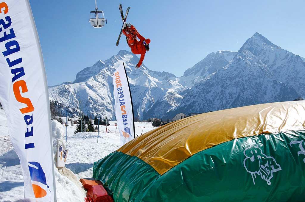 Sur les pistes aux Deux Alpes_©-Copyright-©-Office-de-Tourisme-Les-2-Alpes--Bruno-LONGO-2ok